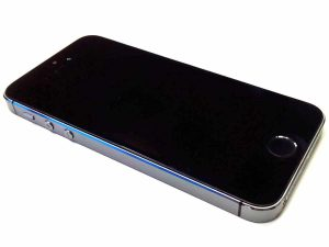 Recensione iPhone 5S - frontale/laterale
