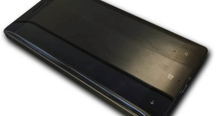 Nokia lumia 930 front spento