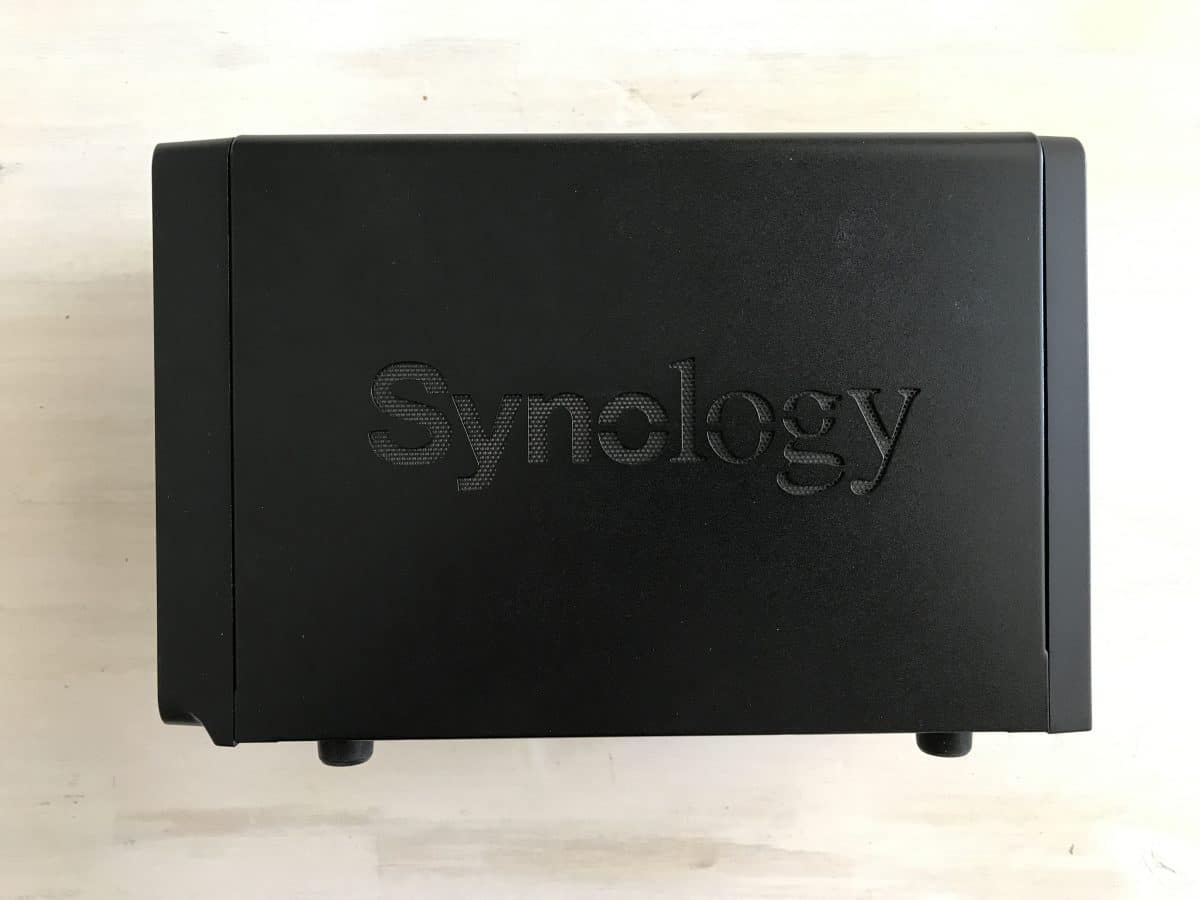 Synology DS716+II - scatola alto